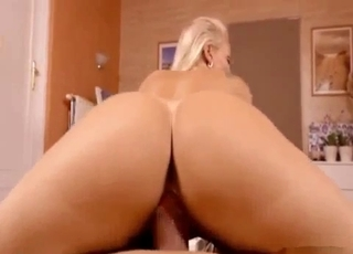 Big booty blonde rides that dong in POV