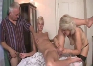 Blonde enjoying brutal banging