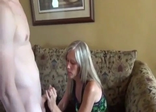 Sexy mommy gets her pussy licked