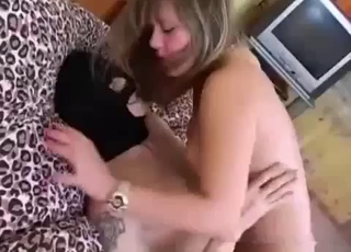 Blonde's juicy hole gets ruined on a bed