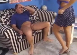 Tanned chick blowing her hung son