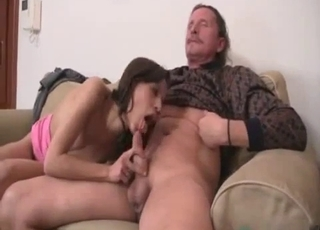 Daddy decides to eat his princess' pussy